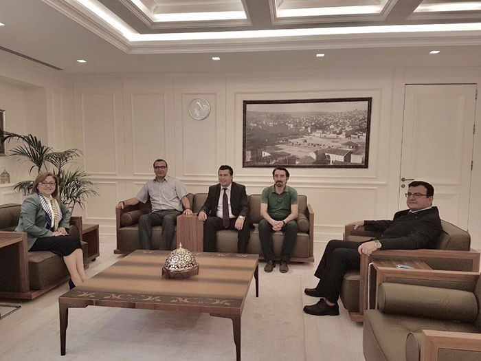 Büyükşehir Belediye Başkanımız Sn. Fatma Şahin ziyaret edildi. 13.06.2017